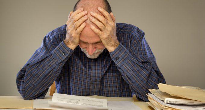 Die Schuldenampel: Besteht bei Ihnen Überschuldungsgefahr?