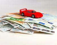 Kreditvergleich: Wer hat bessere Angebote – Haus- oder Onlinebank?