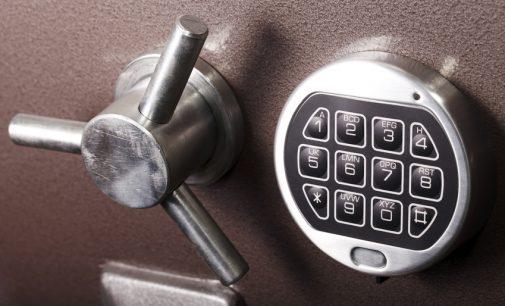 Einbruchschutz: Wertgegenstände mit einem Tresor schützen