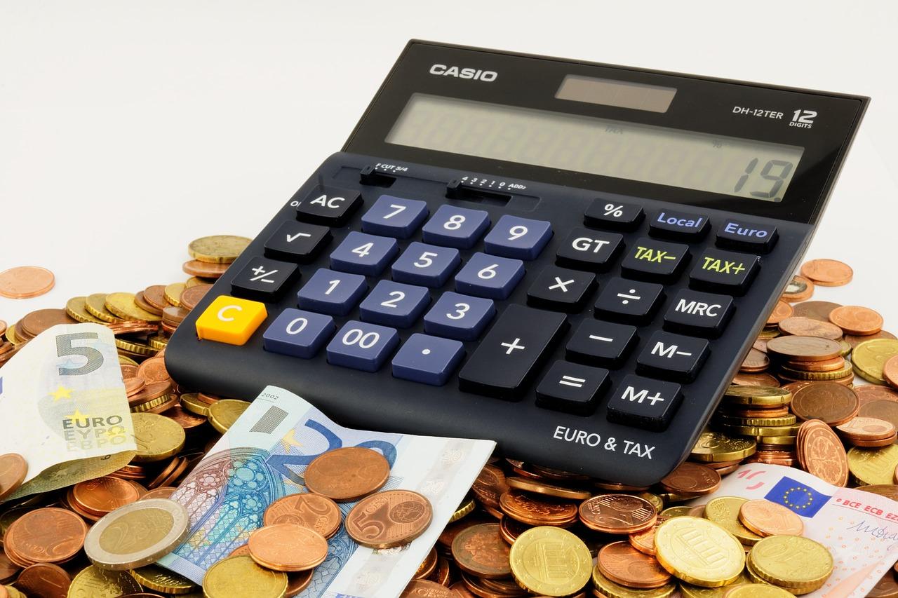 Niedrigzinsphase: Müssen Bürgern bald Strafzinsen für Privatkonten zahlen?