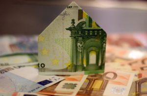 Immobilien: Bauzinsen auf dem tiefsten Stand seit Jahresbeginn