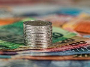 Wahrscheinlichkeit und Strategie: Das richtige Denken für die Geldanlage